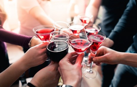 Is it safe to drink alcohol during pregnancyl